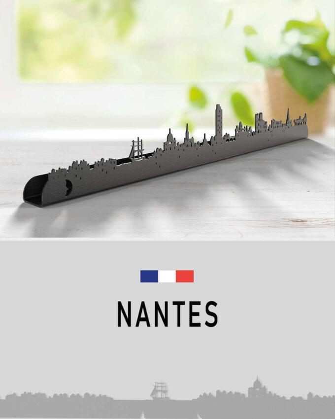 Nantes skyline, décoration murale d'exception, la ville se dessine sur votre mur!